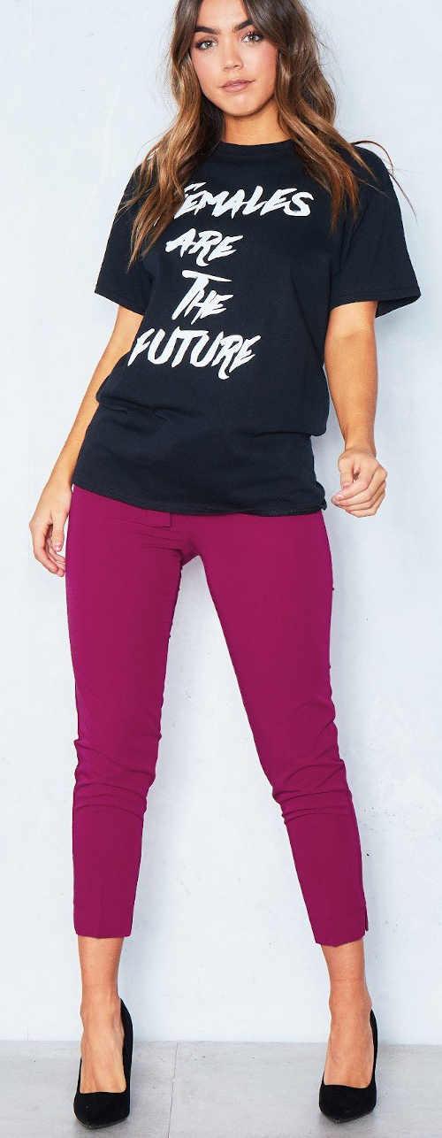 """Dámske čierne tričko s nápisom """"ženy sú budúcnosť"""""""