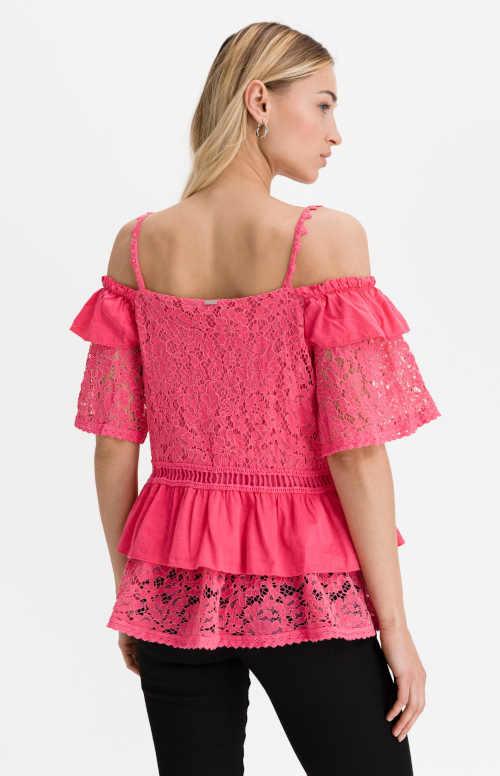 Ružová bavlnená blúzka zdobená volánikmi